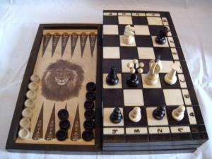 """Набор 3 в 1 """"Шахматы, шашки, нарды"""""""